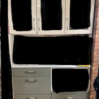 ファミリーサイズ 食器棚