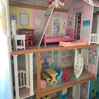 おもちゃのお家 棚 家具付き