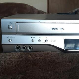 VHSビデオデッキ DVDプレーヤー