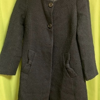 Navy blue coat 紺色のコート