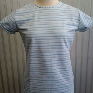 【500円】ナイキ レディーススポーツTシャツ(サイズ8-…