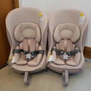 【2台とも取引中】Combiチャイルドシート2つ バラ売り可能の画像