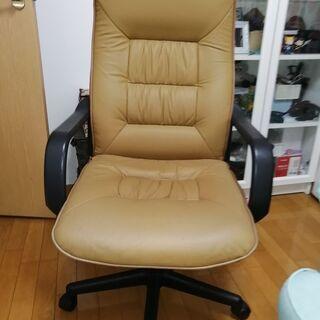 オフィスタイプの椅子