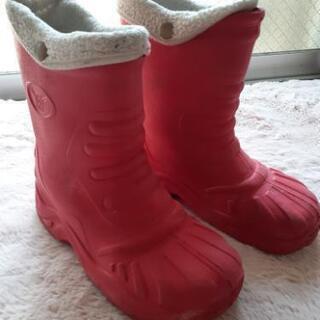 小学校高学年長靴、冬対応可能