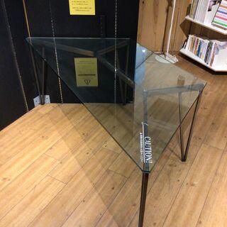 【直接お渡し】台形ガラステーブル