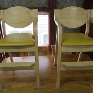 おしゃれな幼児用椅子 在庫2脚あります。
