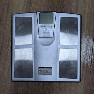 【家電】体重計(体脂肪も測定可能)