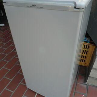 冷蔵庫 まだまだ使用できます。 無料!!