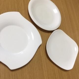 白い中皿3セット