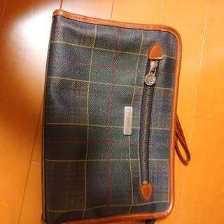 レトロなセカンドバッグ