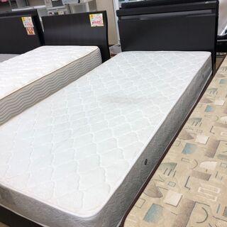 枠付き シングルベッド
