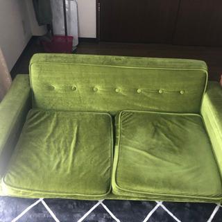 ソファーと椅子無料あげます。