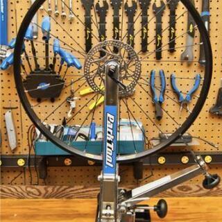 自転車ホイール修理(スポーク交換、振れ取り)などお任せください!