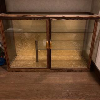 【ネット決済】高価 ガラス 飾り棚