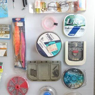 【中古・未使用】釣り具 (糸・うき・針など)色々まとめて① - 佐世保市