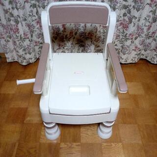 値下げしました。格安介護用簡易トイレです。