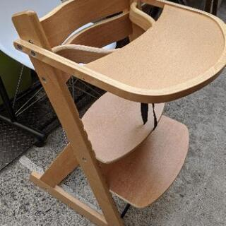 【売約済み】 Alpha Baby High Chair マジカ...