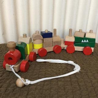 汽車のおもちゃ 木のおもちゃ プルトイ