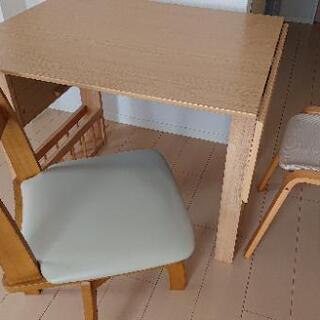 伸縮式ダイニングテーブル、回転式チェア、木製スツール3点セット ...