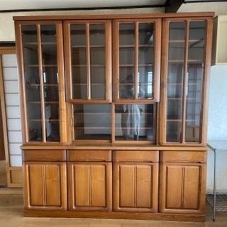 【ネット決済】大きめの食器棚