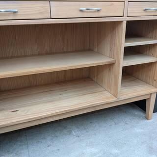 天然木★ エクリー パイン材 キッチンシェルフ 食器棚 キッチンカウンター キッチンボード カップボードの画像