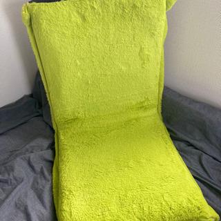 【ネット決済】【美品・ほぼ未使用】折りたたみ座いす(一人がけ)