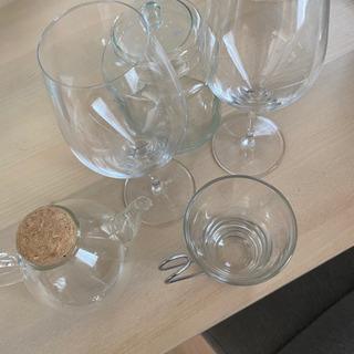 決まりました!ワイングラス!コップあげます。
