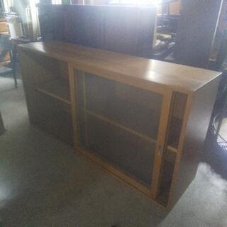 ローボード・水屋・ガラス棚・無骨な家具