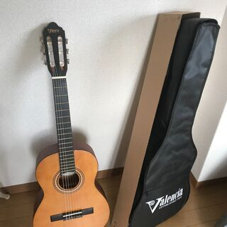【ネット決済】ほぼ新品の楽器 (クラシックギター)