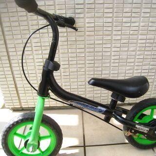 アヴィーゴ10インチEVAトレーニングバイク・キックバイク…