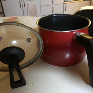 蓋付き片手鍋美品値下げ最終値下げ700円から500円に。
