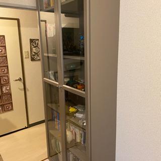 【ネット決済】IKEA Billy ビリー 本棚 ガラス扉 グレ...
