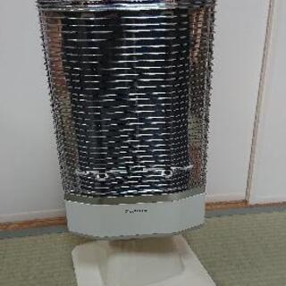 遠赤外線暖房機(ダイキン工業製)