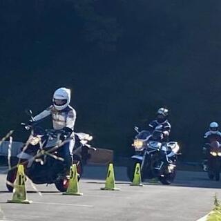 バイク女子さんサーキット走りませんか?