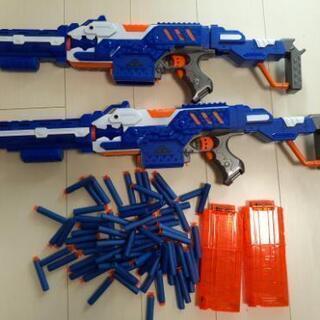 ナーフ銃2丁(吸引盤のソフト玉)