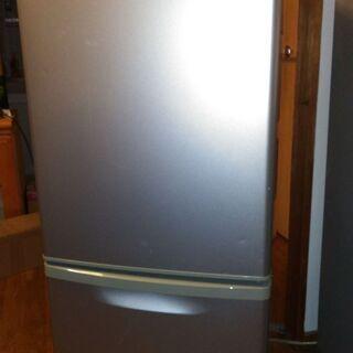 ナショナルの冷蔵庫です。