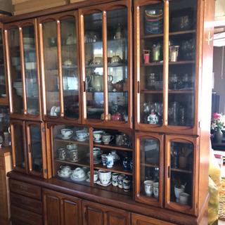 木製食器棚 差し上げます。