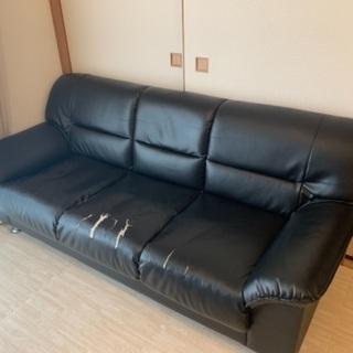 【お譲りします】3人掛けソファ 黒 レザー