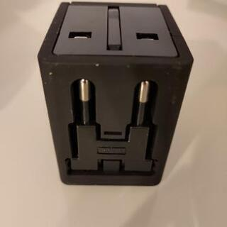Kashimura  海外旅行用変換プラグ + USB2ポート付き