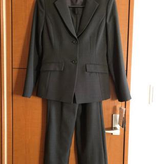 【新品】パンツ、スカート付きスーツ9号 女性