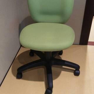 デスク用椅子 ×3台