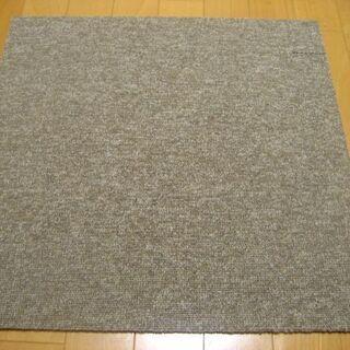 日本製タイルカーペット厚み6.5mm・1枚140円・在庫46枚(...