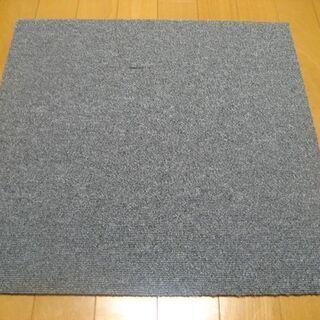 日本製タイルカーペット厚み6.5mm・1枚140円・在庫56枚(...