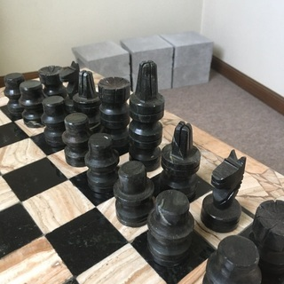 天然石チェス 碁盤駒セット − 宮城県
