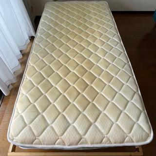 ニトリ シングルベッドとマットレス