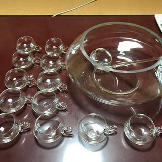 豪華ガラス製ボールおよびカップ12個【週末特別価格2000…