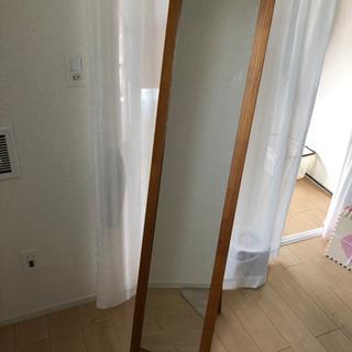 木製フレームの姿見鏡