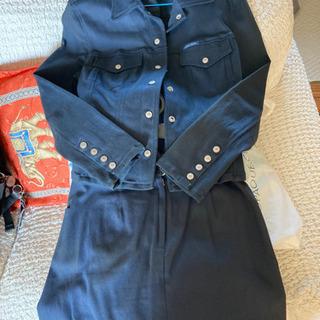 GUESSレディース ジャケット、スカート