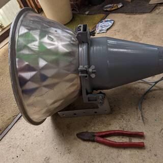 水銀灯 投光器