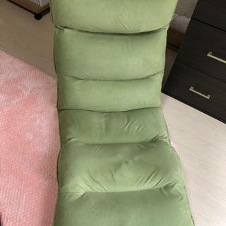 LAWYAのリクライニング座椅子